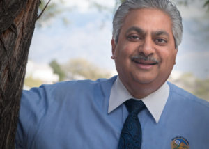 Portrait photo Oro Valley Mayor and dentist Dr. Satish Hiremath